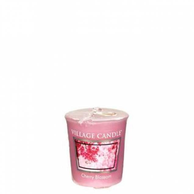 Свеча Village Candle Цветение сакуры 57г (время горения до 16ч)