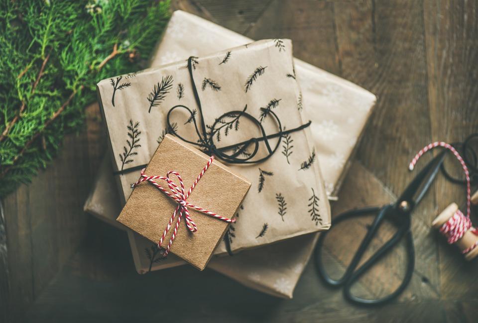 Оригинальные корпоративные подарки на Новый год