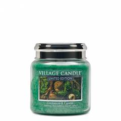 Свеча Village Candle Кардамон и кипарис (время горения до 105ч)
